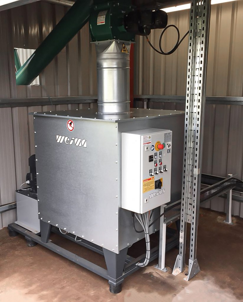 The compact WEIMA C 140 briquetting press for carbon negative production