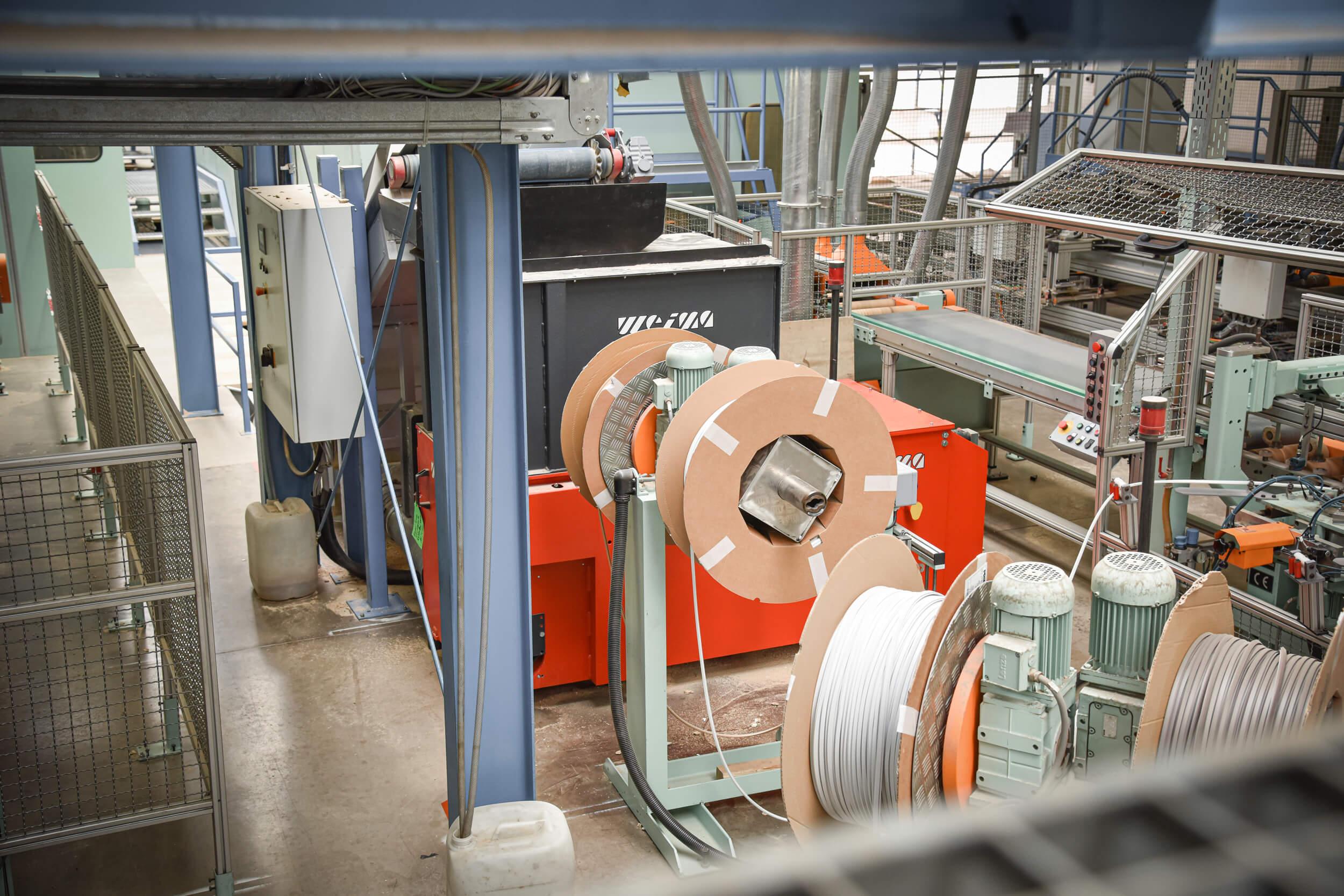 WEIMA Zerkleinerer WL 6 S in Produktionshalle