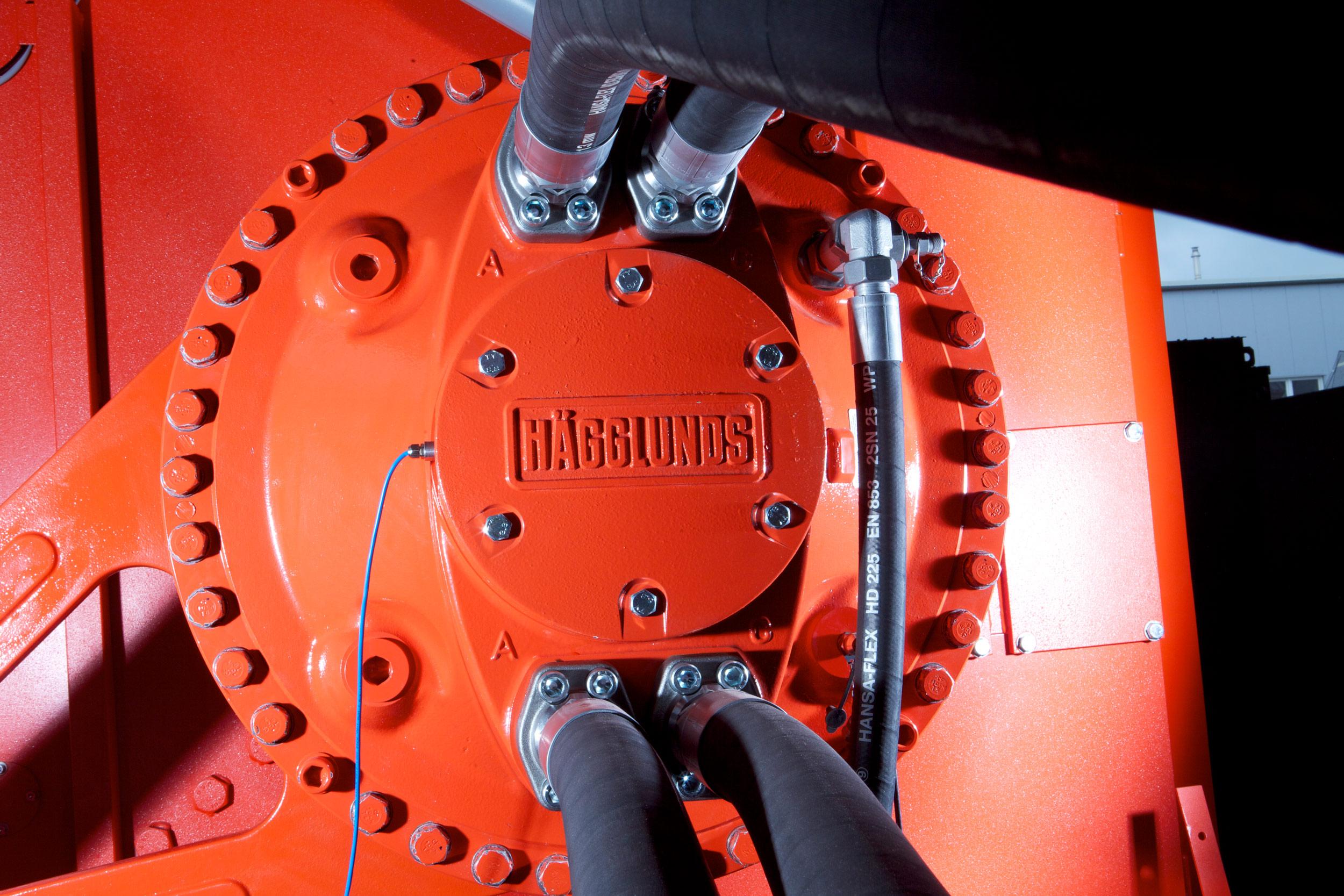 Hägglunds hydraulic drive on a WEIMA single-shaft shredder