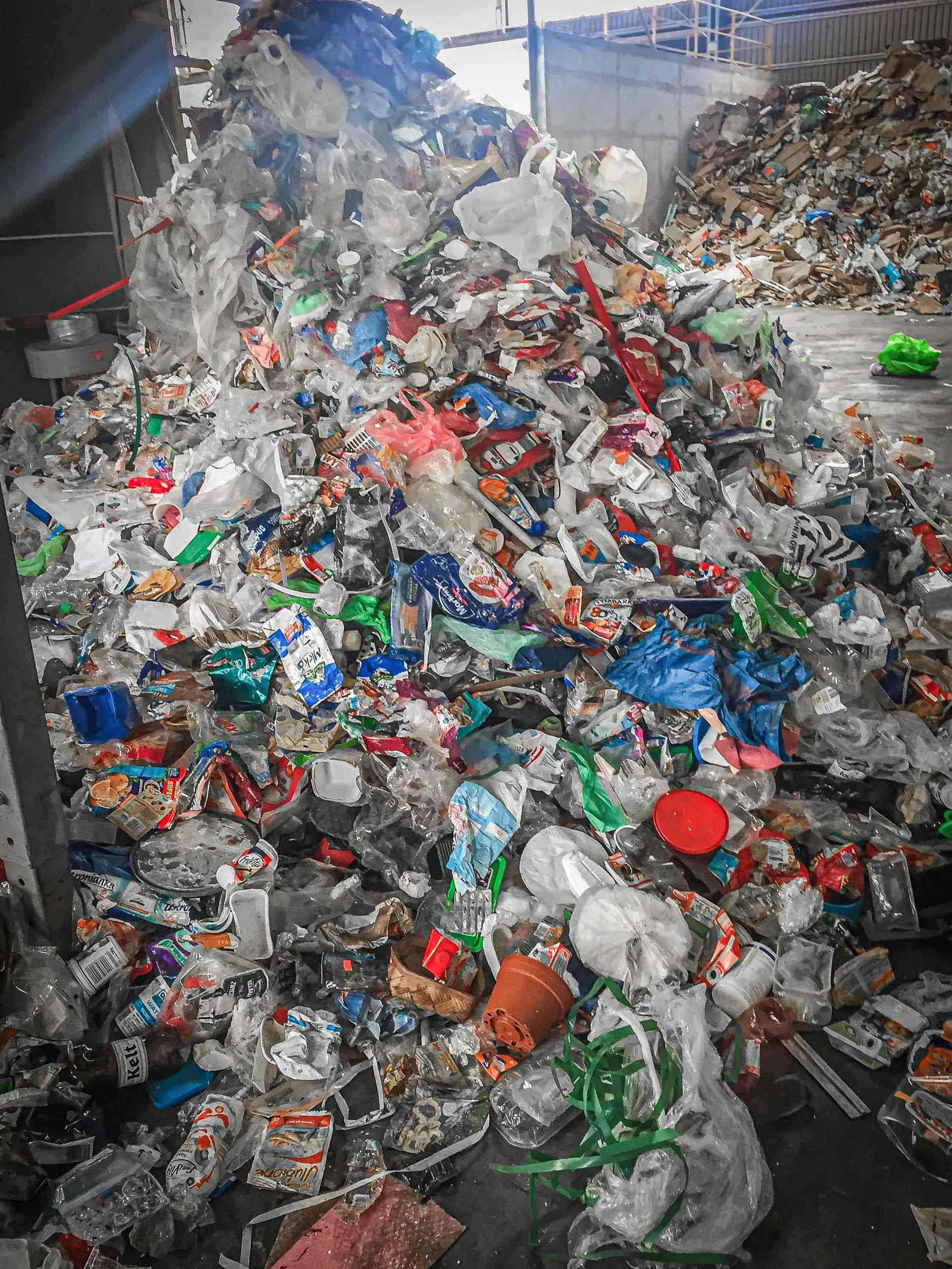Kunststoff Abfall vor dem Shreddern