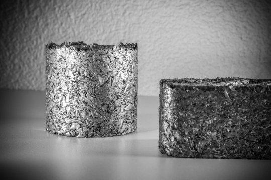 Briketts aus Stahl