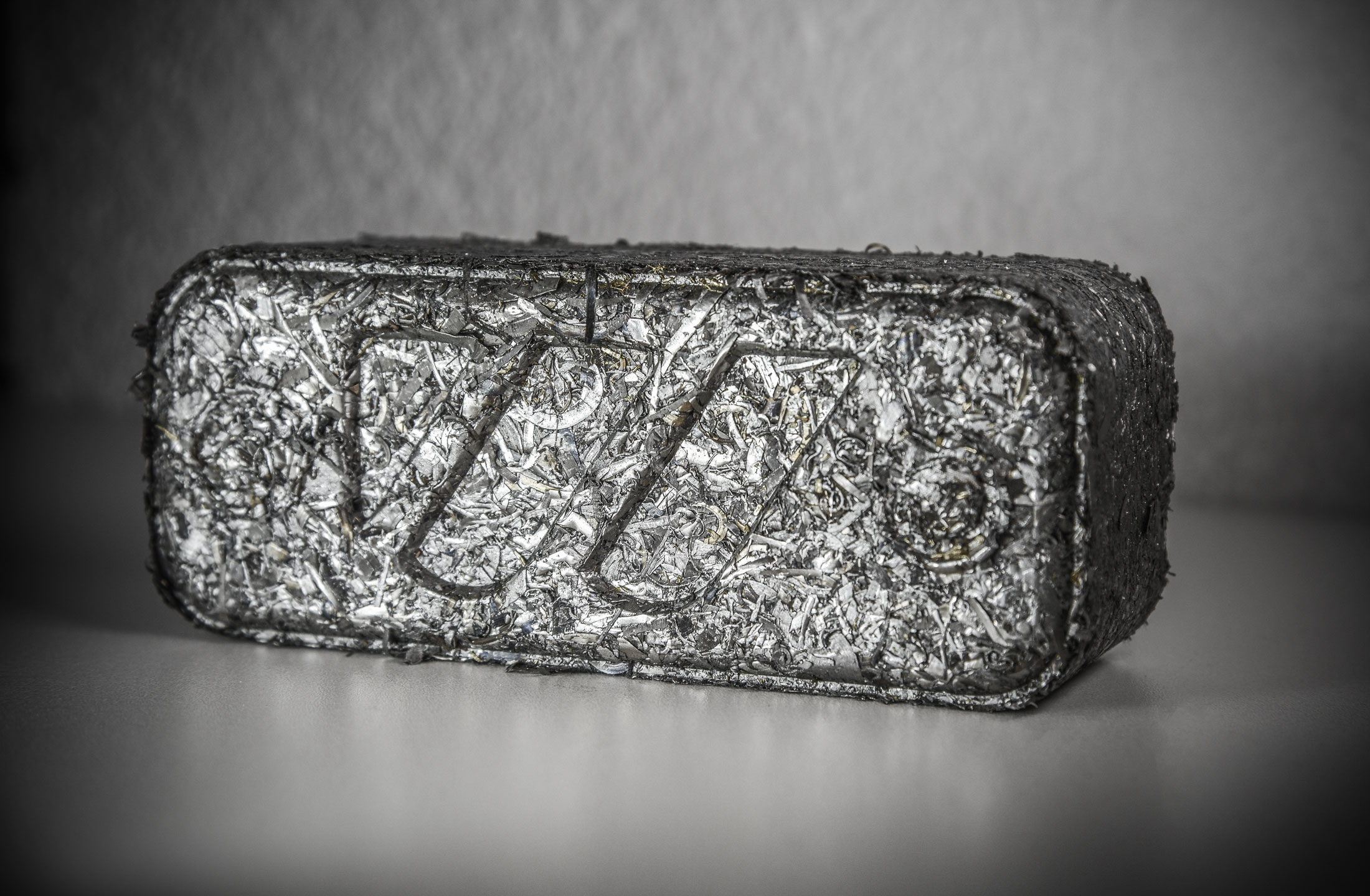 Rectangular briquette from steel chips