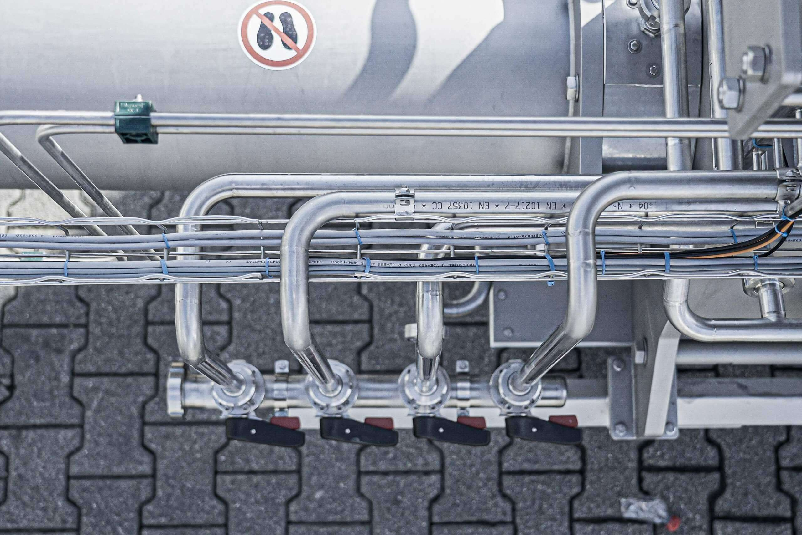 CIP (Cleaning-in-place) pipes on the PUEHLER machine