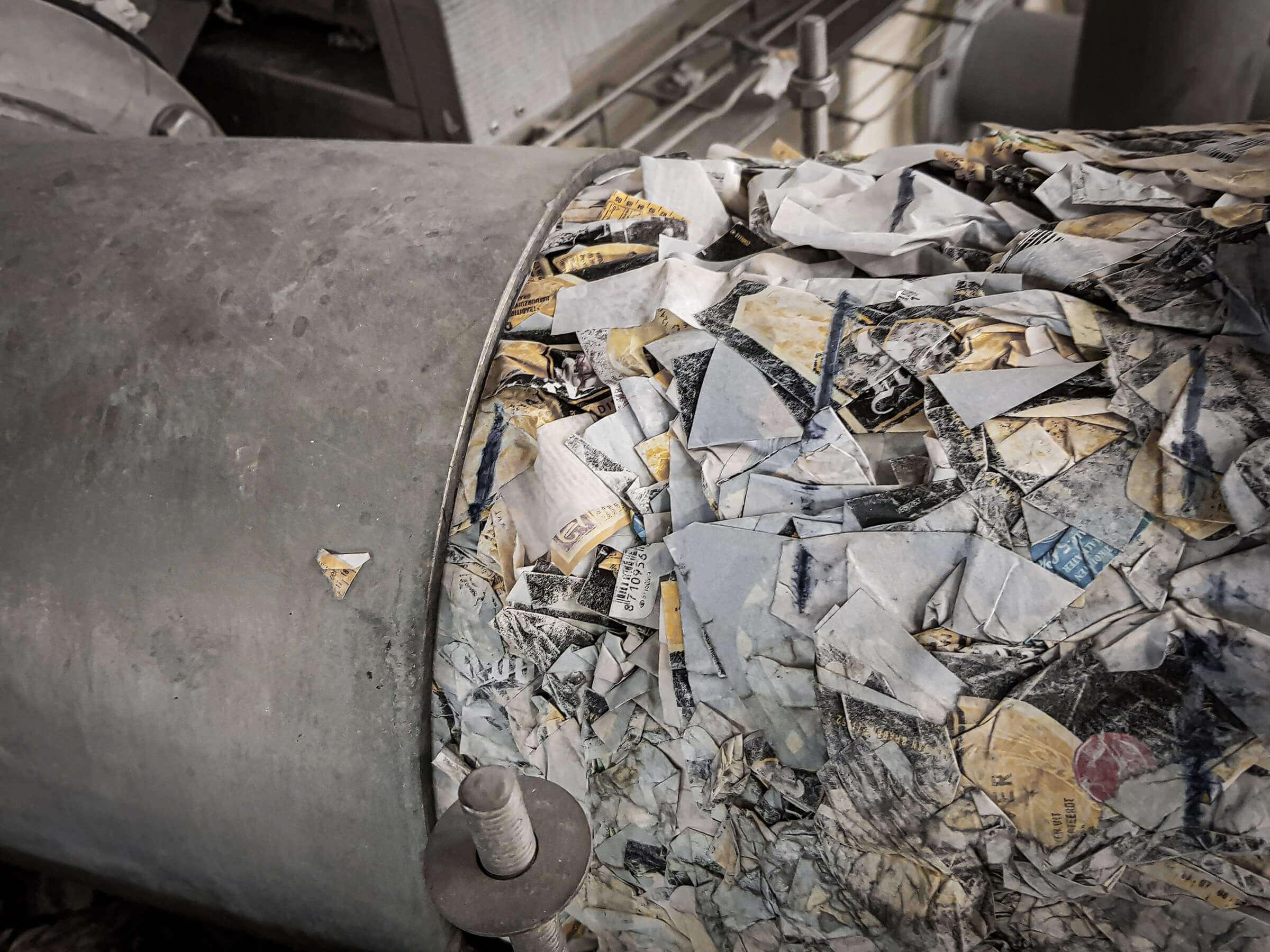 Verpresste Bierflaschen Etiketten