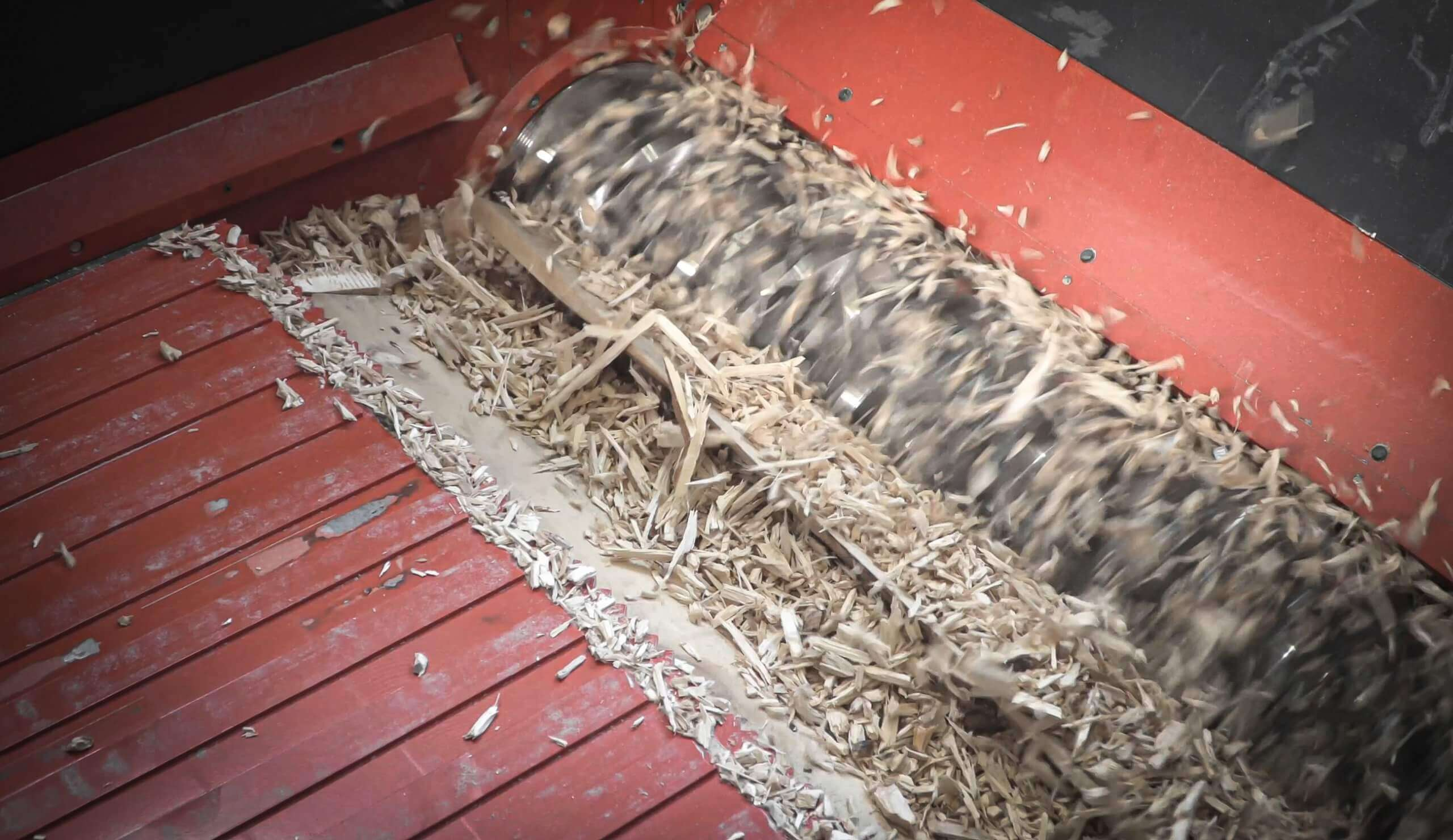Pallets are shredded with WEIMA WLK 1500