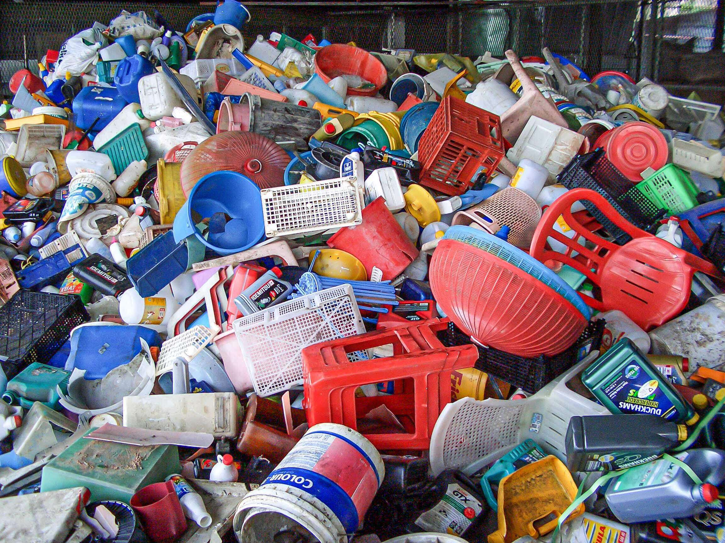 Mixed household hard plastic waste