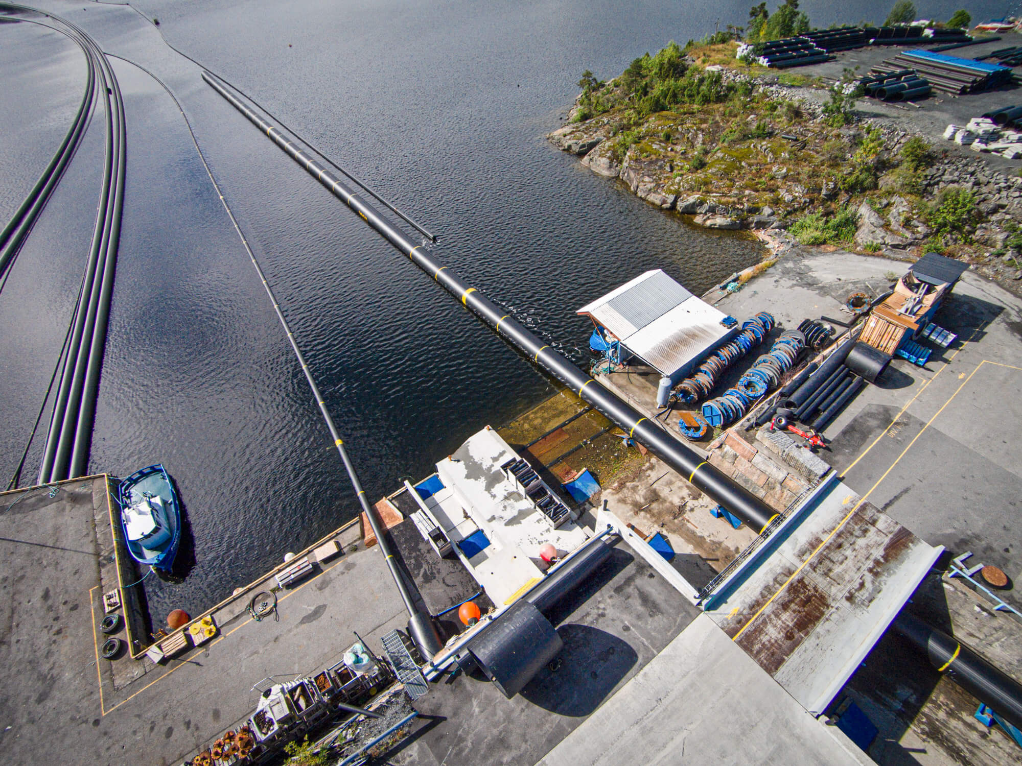 Pipelife extrudes kilometers of pipelines straight into the ocean