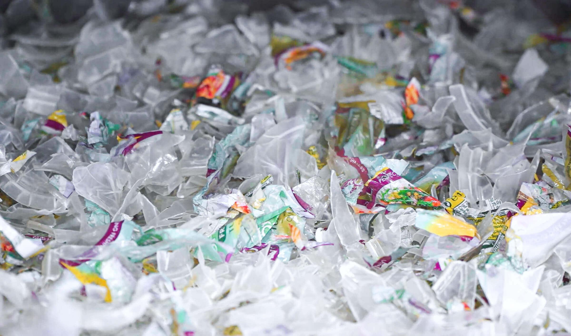 Geshredderter Plastikbecher aus PP