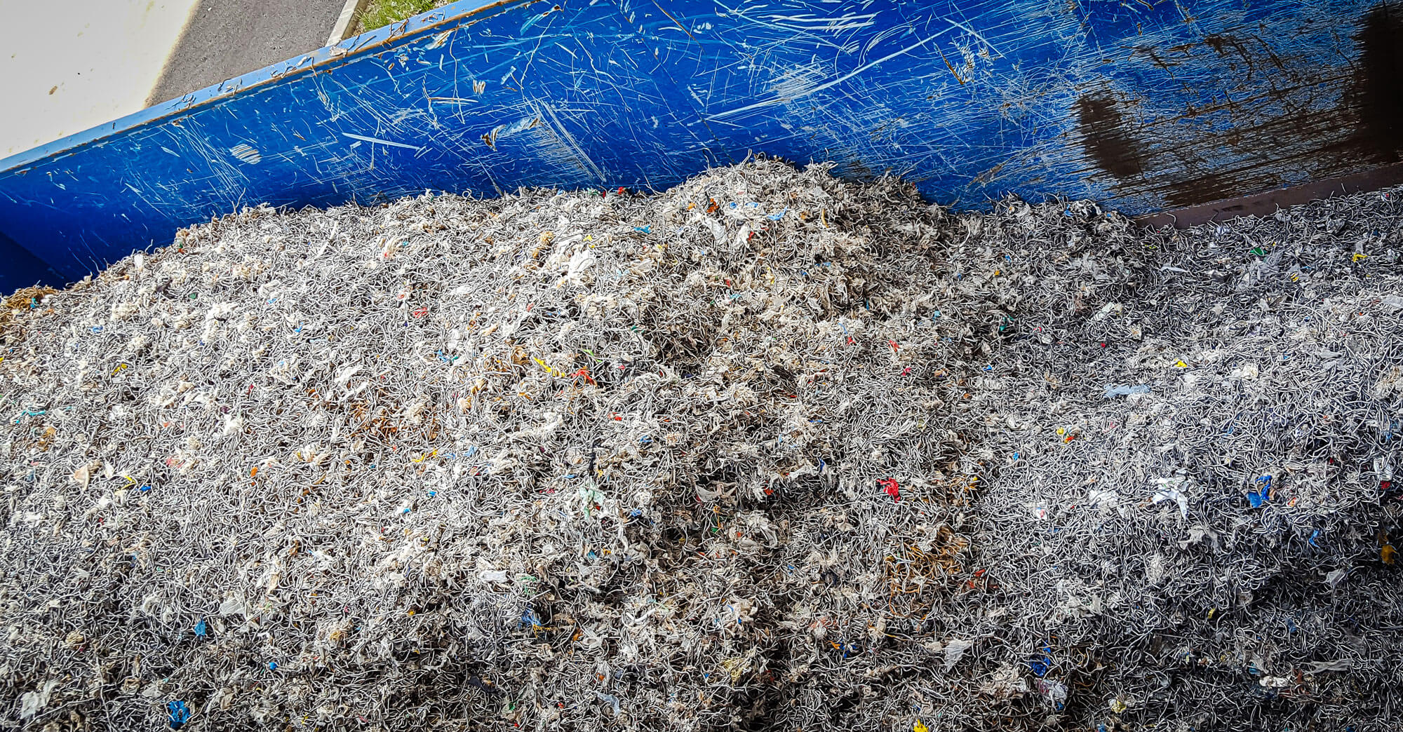 Separation of metal waste from pulper rope cuttings from paper production