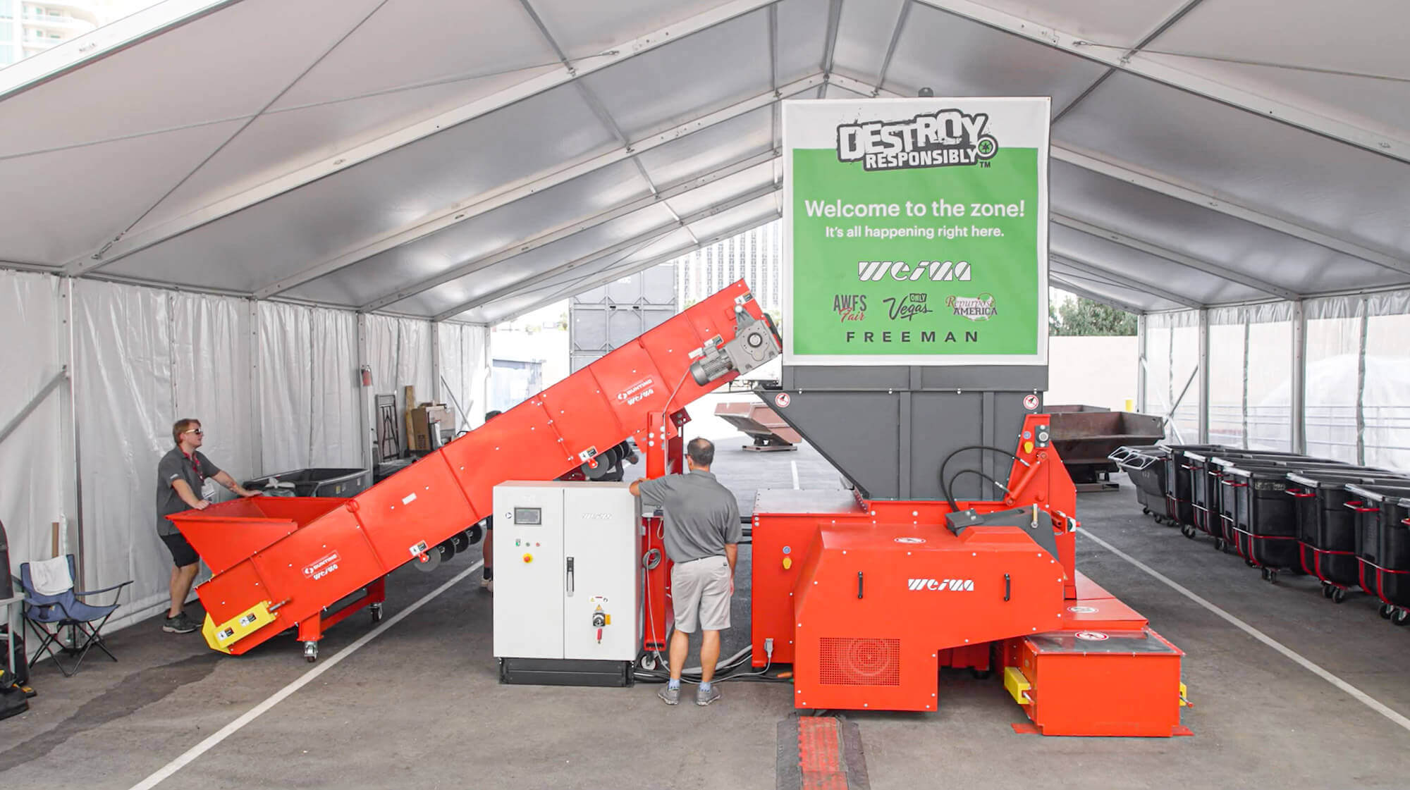 Destroy Responsibly Recyclinglinie bei dr Holzmesse AWFS in Las Vegas USA